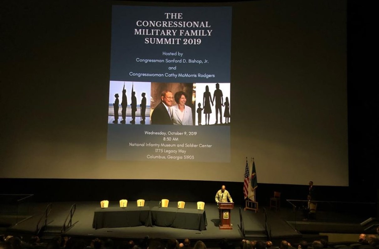 MOAA Addresses Military Housing Issues at Readiness Summit