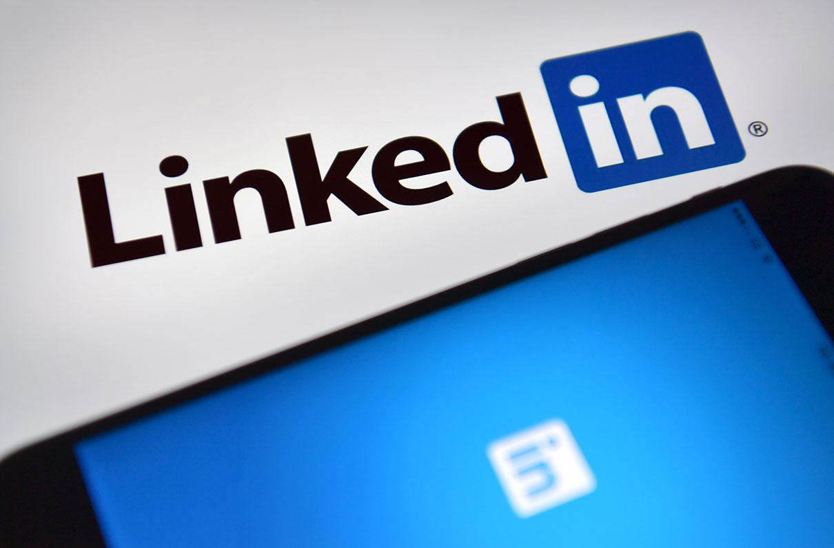 6 Tips to Maximize Your LinkedIn Profile