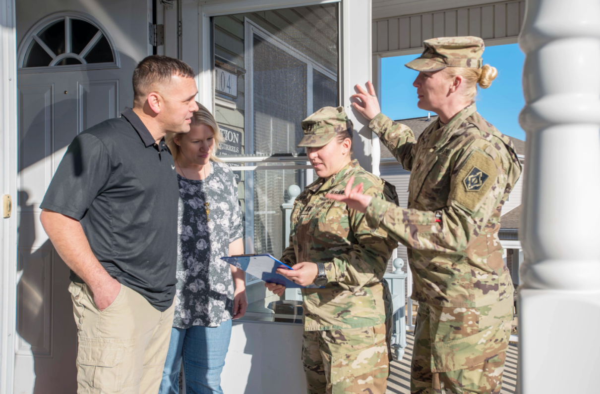 MOAA - More Army, Navy Families Unhappy with Private Housing